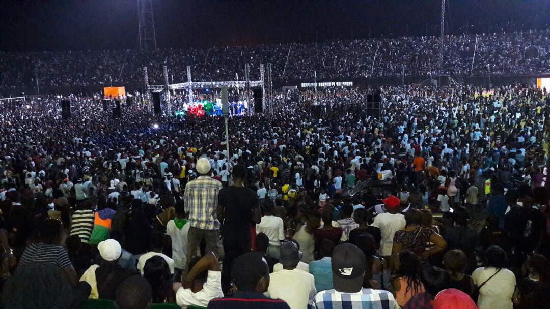 DAVIDO PULLS MASSIVE CROWD IN SIERRA LEONE