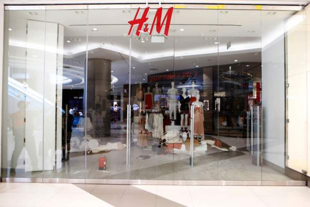 Again, South Africans attack H&M Clothing Line over racist model
