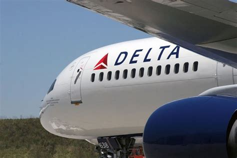Nigeria: Delta Air plane catches fire on air, makes emergency landing