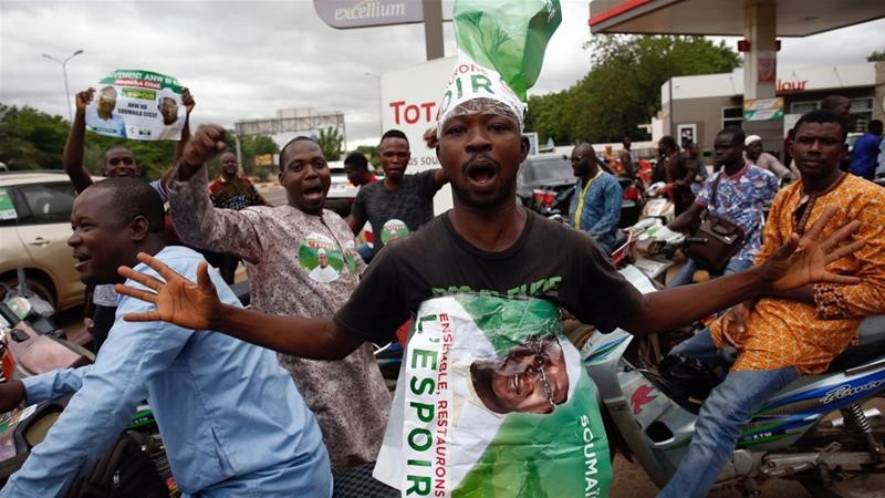 Mali election: gladiators face runoff on August 12