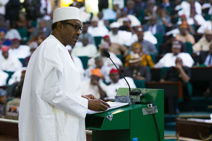 Lawmakers boo, jeer Buhari as he presented N8.83 tr 2019 budget, pegs oil price at 60USD per barrel