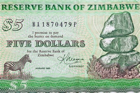 Zimbabwe says no plans to introduce new currency