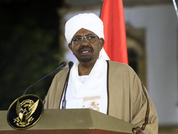 Pressure mounts on Sudanese President al-Bashir to step down