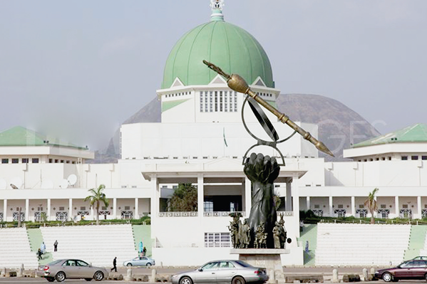 Nigerian newsmen vote review of new NASS policy on media coverage