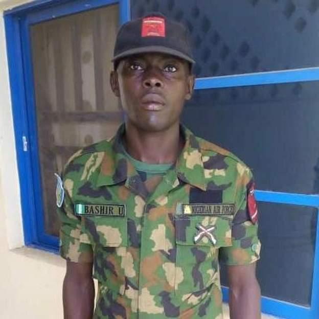 Nigerian airman to get reward for returning $41,500 (£33,300) parcel