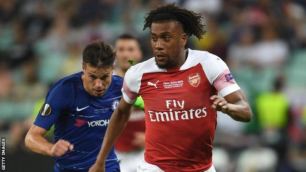 Alex Iwobi leaves Arsenal, Signs Everton for 5 years