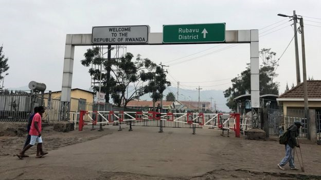 Rwanda closes border with DR-Congo over Ebola fears