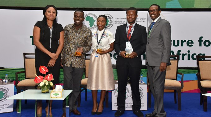"AfDB's AgriPitch awards $120k in prizes to African youth ""agripreneurs"""