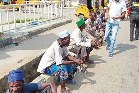 Nigerian city promises to enforce ban on street begging, hawking